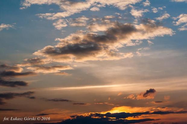 Zachód słońca #słońce #zachód #słońca #chmury #niebo #Chojnice