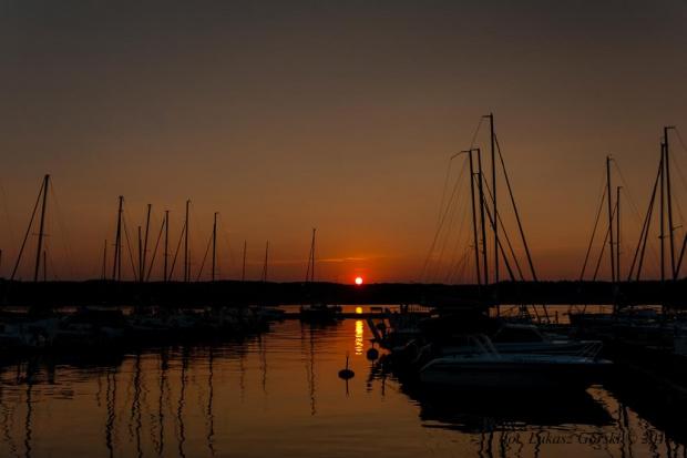 Zachód w marinie #zachód #słońca #marina #jezioro #Chojnice